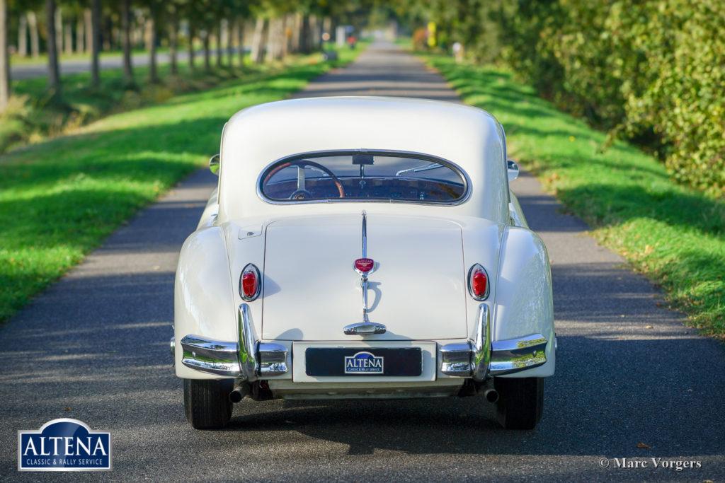 Jaguar XK 140 FHC, 1957