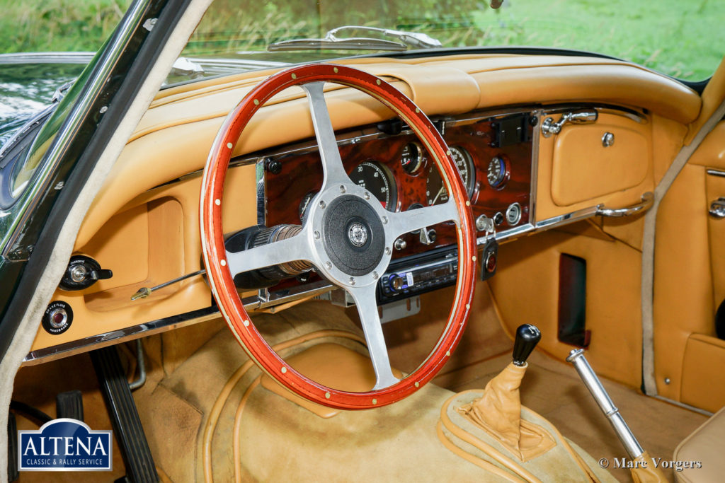Jaguar XK 150 FHC 3.8, 1961