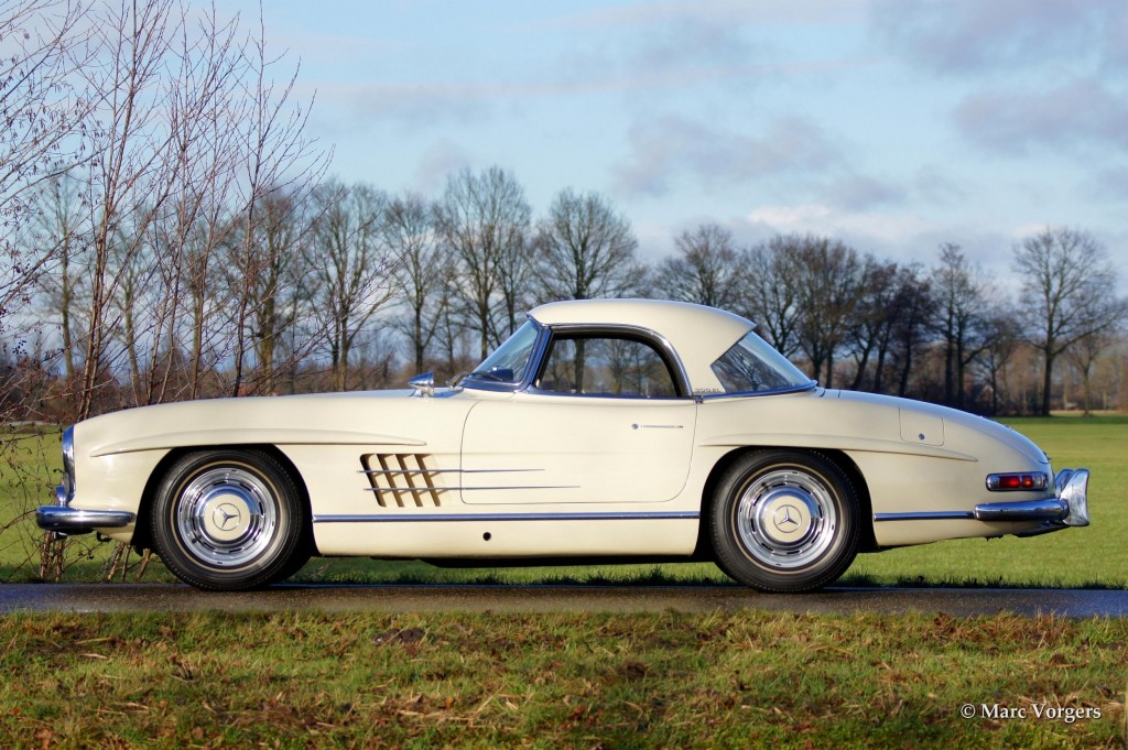 Mercedes-Benz 300 SL roadster
